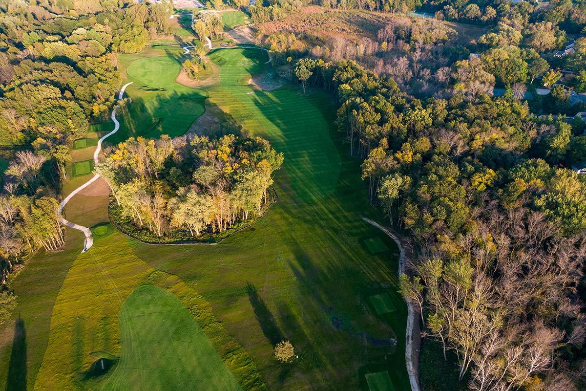 Club at Lac La Belle golf course spring